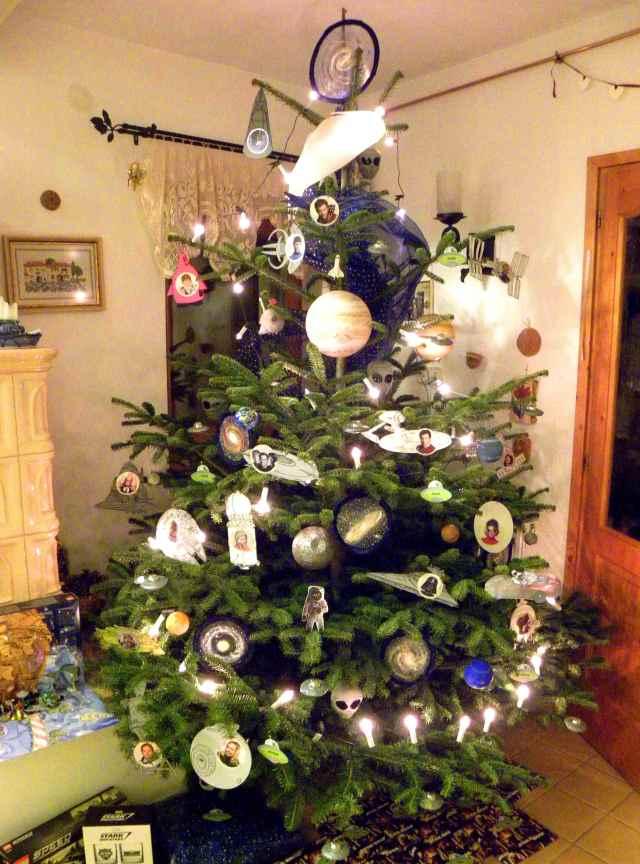 karácsonyfa űrhajó